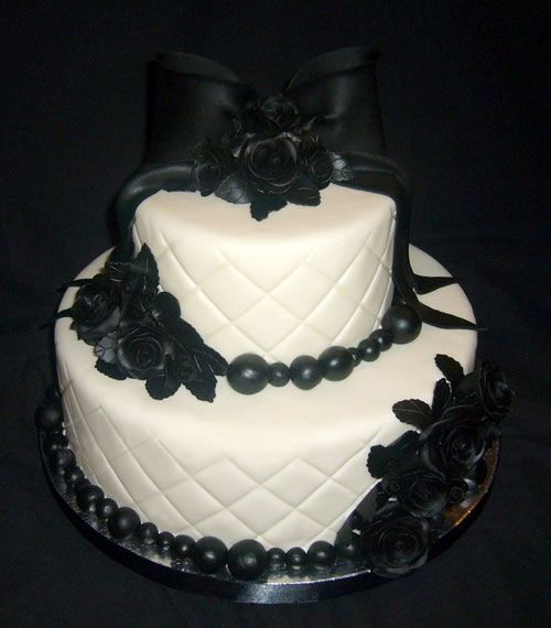 amazing wedding cakes skull cake two tier white and black cake decorated with black 10732