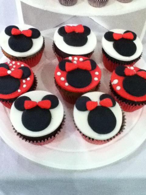 Cute Minnie Mouse Cupcakes