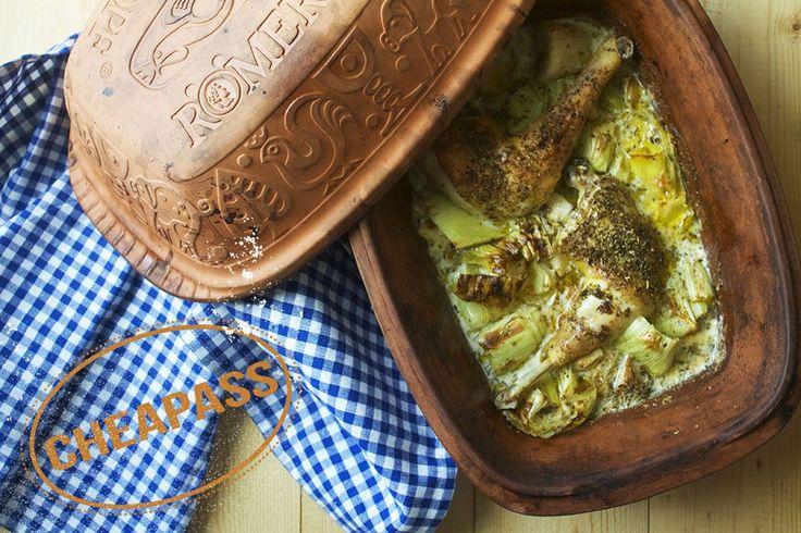 Römertopf med kylling, porre og selleri