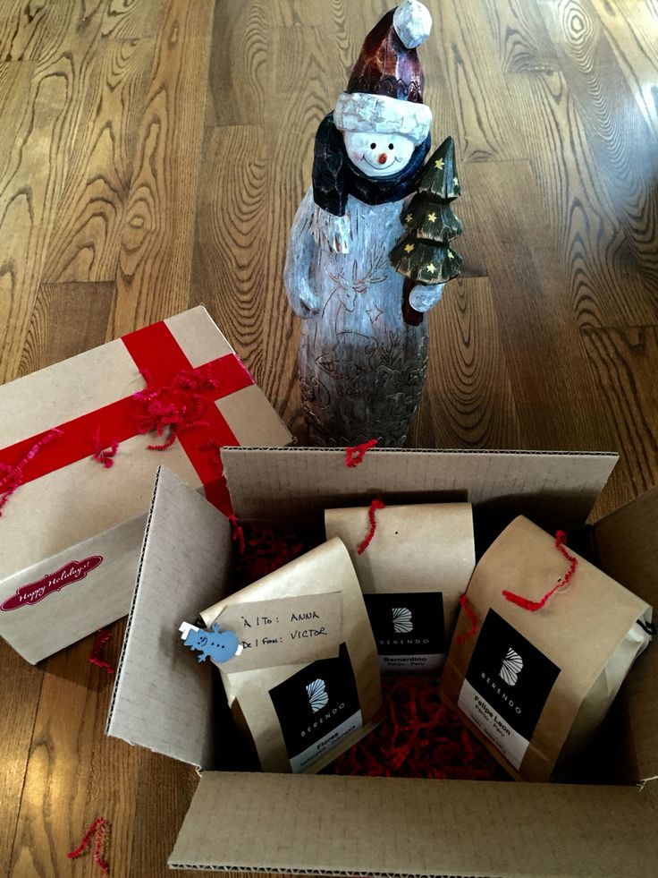 Need gift ideas for this Holiday Season!  An idea, the CHRISTMAS TRIO by Berendo. Three nice Limited Editions: Bernardino, Flores, and Felipe Leon. Available on line.  boutique.berendo.ca #Berendo #Christmasgifts #gifts #holidayseason2015 #coffee #espresso