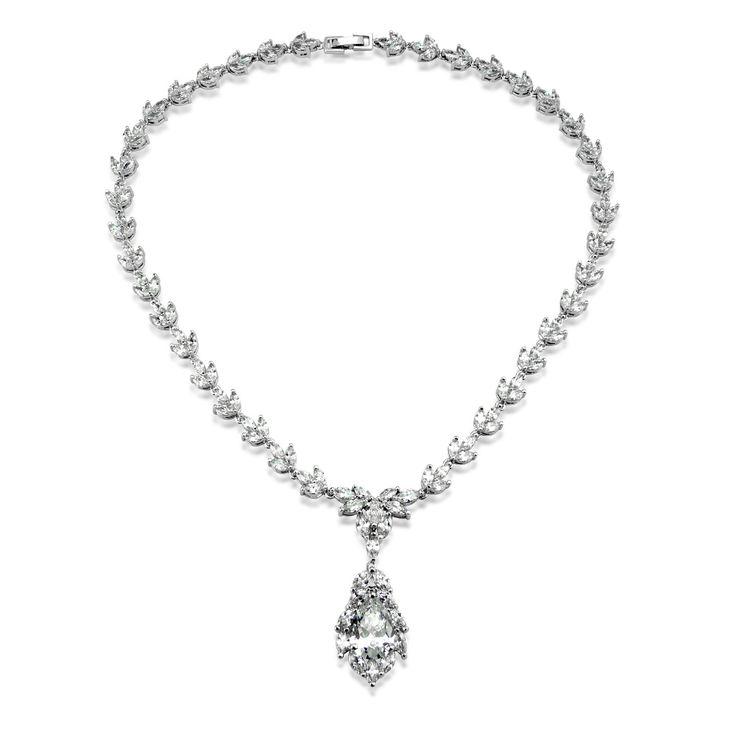 Moderní stříbrný náhrdelník Gio Caratti Venezia se zirkony SHF1011