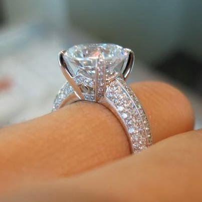 Awesome Diamond Engagement Ring ...