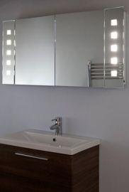 Grote badkamer spiegelkast 120 cm breed