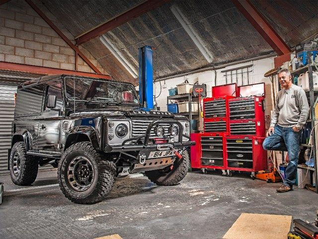 //Future-proofed modified Defender Td5 | http://www.lro.com/features-reviews/featured-vehicles/1503/future-proofed-modified-defender-td5/