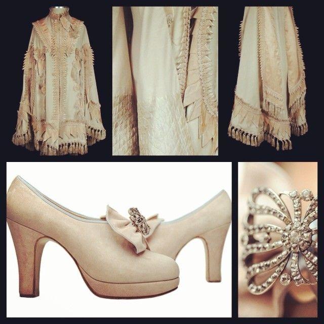 Pair this #victorian, #tailored  wool #cape with our elaborately handcrafted pink Betty Boop #crystal #shoes.  Комбинируйте эту Викторианскую, шерстяную накидку с нашими Бэтти Буп  туфлями сделанными в ручную на заказ в Лондоне. #антиквариат #туфли #винтаж #ателье #пошив #шикарно #кутюр #couture #лондон
