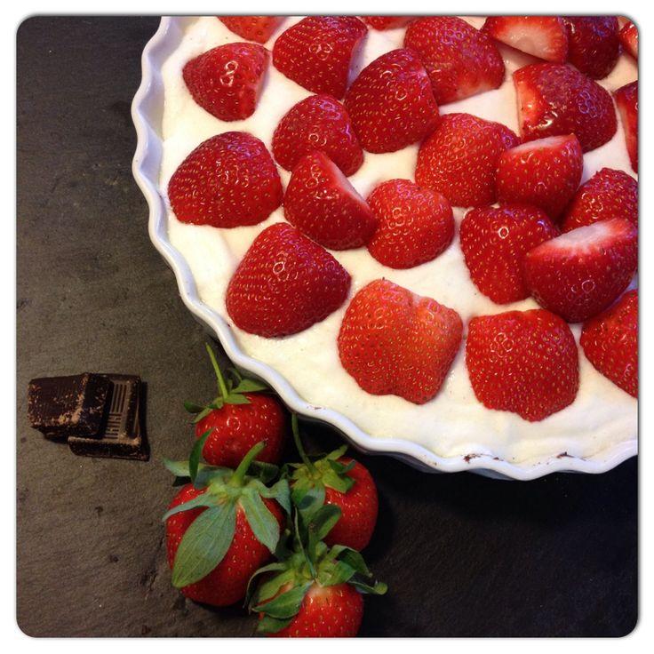 jordbærtærte fyldt med proteiner