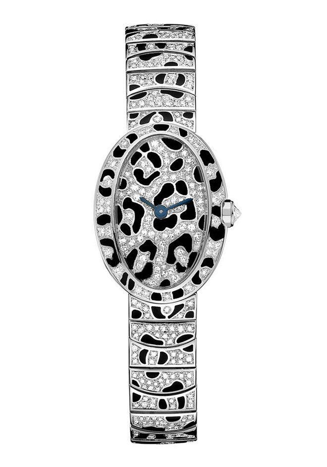 La montre Mini Baignoire Taches de Panthère de Cartier