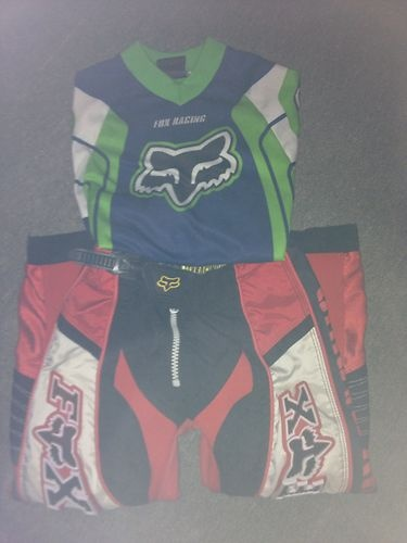 youth size Small/medium fox racing jersey and pants
