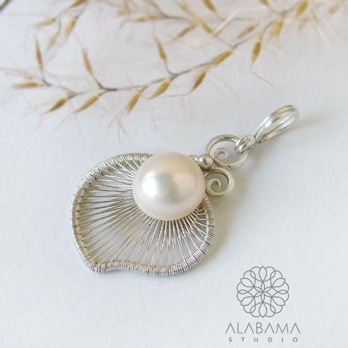 ALABAMA - White pearl - srebrny wisiorek z perłą  #polandhandmade, #alabama, #wirewrapping, #pendant, #pearl, #christmas, #gift, #white