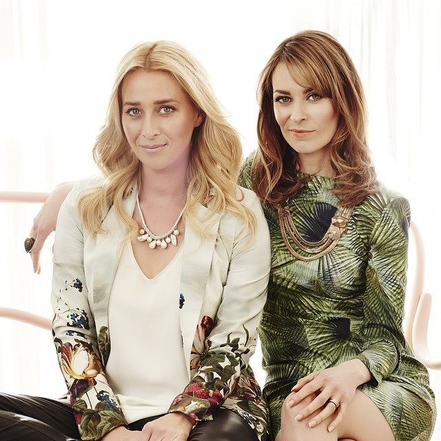 Spotted: Asher Keddie wearing a Leisa Flannery bespoke necklace with Kat Stewart