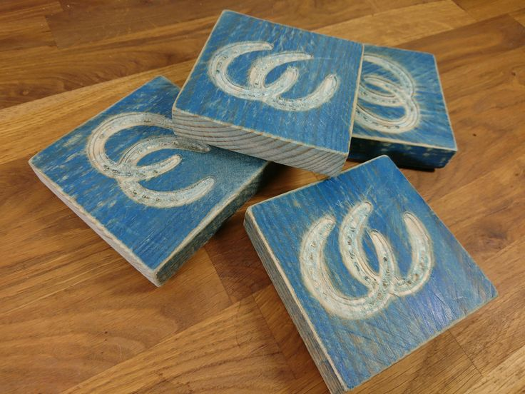 Rustic Coaster Set, Horse Shoe Coasters, Reclaimed Wooden Coasters by TheCraftyAnimalUK on Etsy