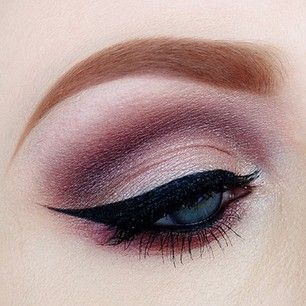 Wicked Wings On To of Soft, Smokey Eye Makeup Love http://makeupartistrycairns.com.au #makeup #eyeliner #smokey