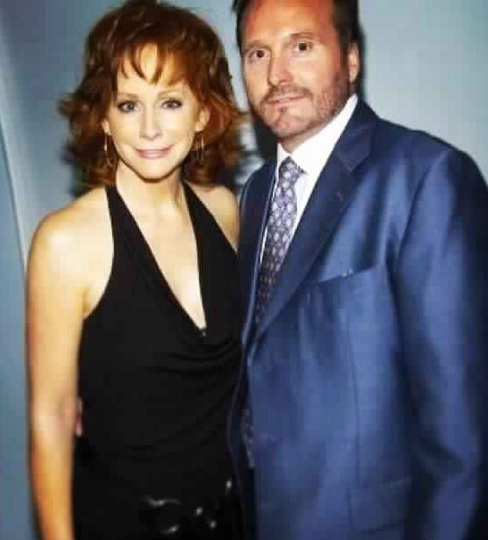 1069 best images about reba mcentire on pinterest fight for How many kids does reba mcentire have