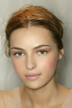 Do you prefer thick or thin eyebrows