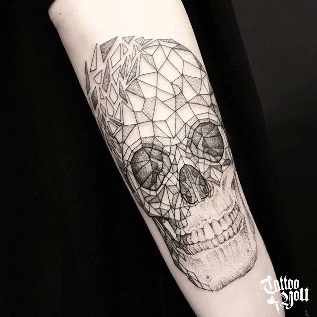 Tattoo You Brasil, considerado Estúdio referência na América Latina, administrado por @sergio_tattooyou. Tattoo feita pela Dani Cunha Para consultas e agendamentos: Av. Dr. Cardoso de Melo, 320 - Vila Olímpia - SP