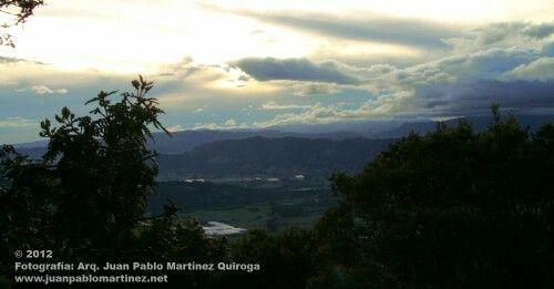 Atardecer en el cerro de Pionono Sopo Cundinamarca