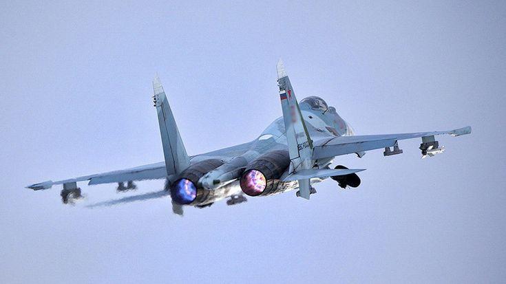 Un avion de chasse russe intercepte un avion de surveillance américain au-dessus de la mer Noire::que font les USA en mer noire ?