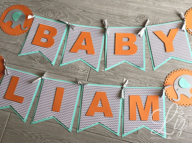Banner personalizado para el Baby Shower del bebé Liam! | Past weekend was all about Baby Elephants! Personalized banner for Liam's Baby Shower #babyelephant #babyshower #elephantbabyshower #cricutmade #madewithcricut #cricutexploreair2 #banner #elephant #elephants #baby #babyboy #paperart #papergood #invitations #favors #babyshowerfavors #cupcaketoppers #cupcakes