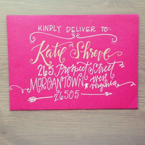 Enveloppe calligraphie adressage par ThePrettyPaperieShop sur Etsy