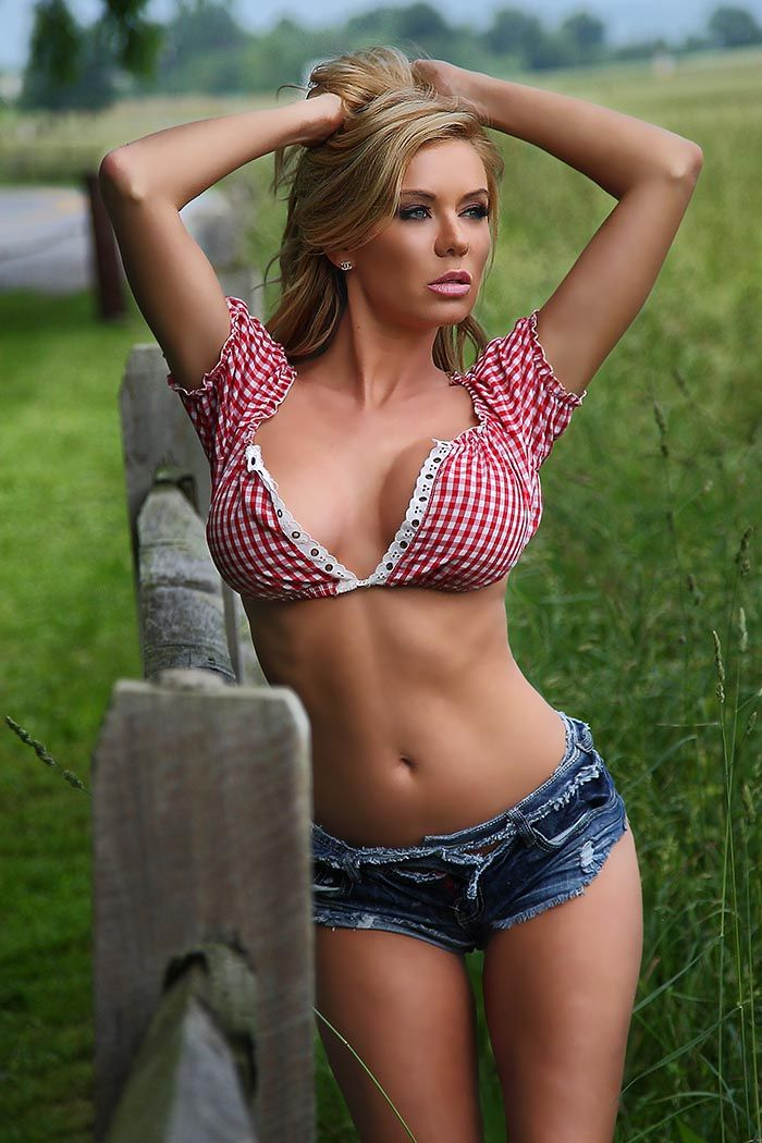 Click Image For All The Secrets To Attract Women! The hottest and sexiest women I can find : Photo