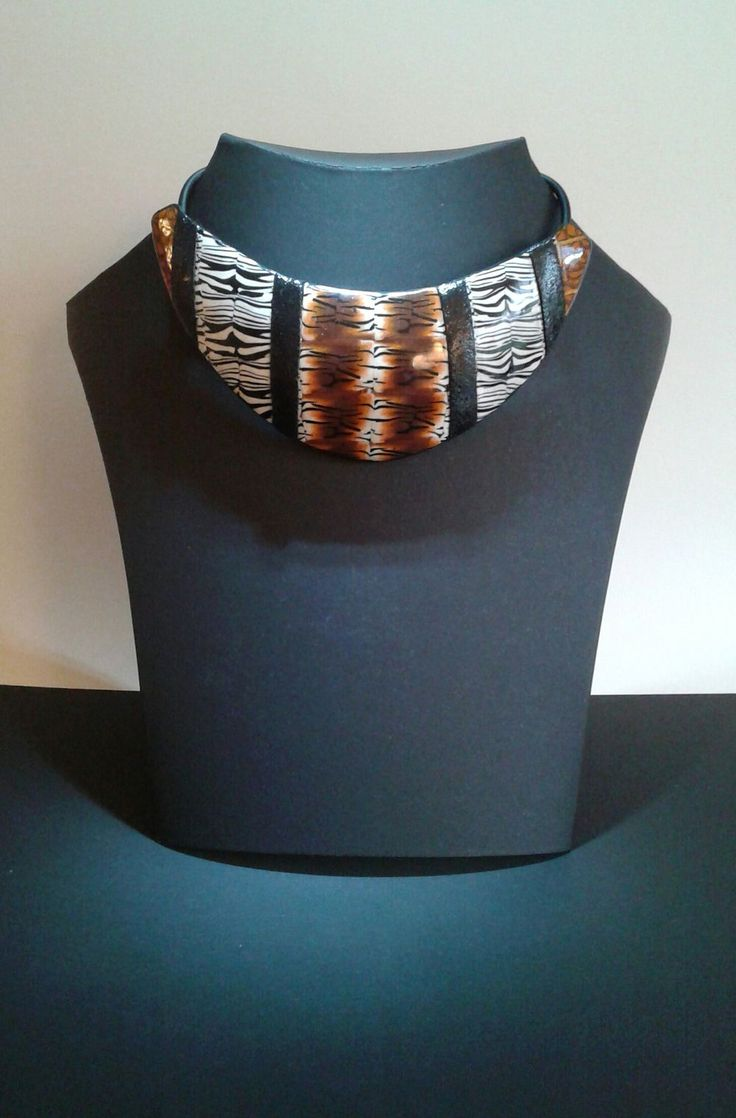 halsband savanna tiger/zebra via diferente. Click on the image to see more!