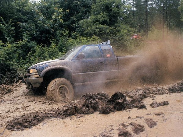 1998 Chevy S10 - Chevy 4x4 Truck - 4Wheel & Off-Road Magazine