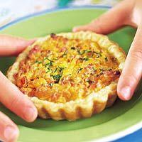 Kaas ananastaartjes, wel kleinere variant maken.