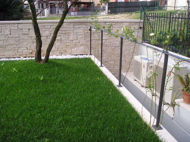 Giardino posteriore / Back garden