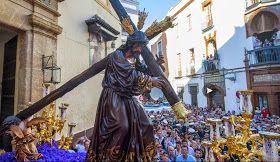 Semana Santa.org: El ardiente y abrasador Martes Santo 2015 - Sevilla.