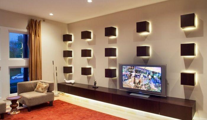 Современные настенные светильники имеют удобную конструкцию, крепление и не занимают много пространства.