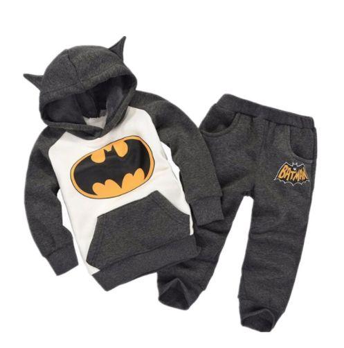 Детский костюмчик с Бетменом. Нашла здесь - http://ali.pub/ofk91
