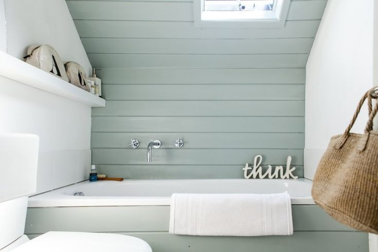 beach style blue horizontal wood paneling in bathroom of Horizontal Wood Paneling Applied in Different Rooms