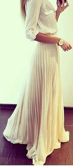 Note to self: must own pleated maxi skirt!