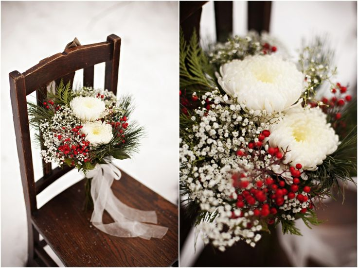 Christmas or winter wedding bouquet | photo by http://nikkitranphotography.com/wp/ | see more http://www.thebridelink.com/blog/2014/01/10/winter-bridal-portraits-in-the-woods/