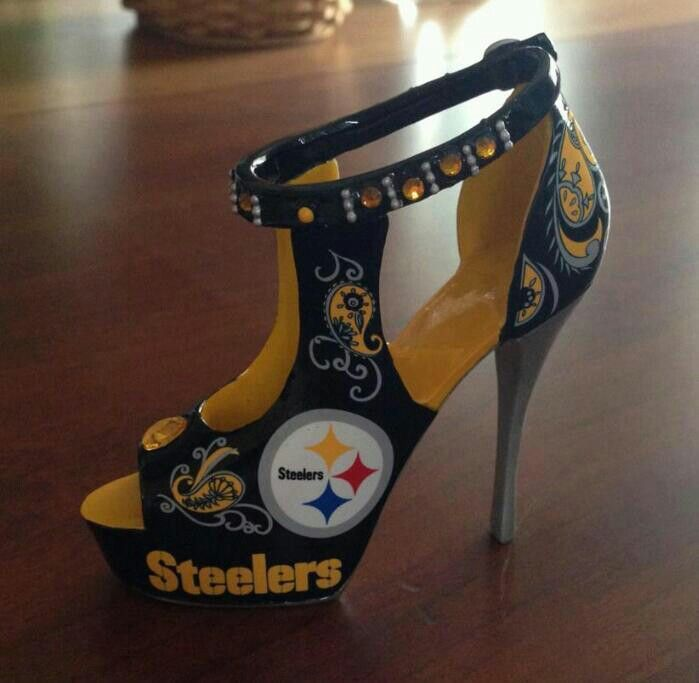Best 25 Cute Football Outfit Ideas On Pinterest Boots Makeup Test Football Game Attire And