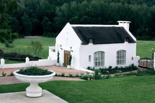 white cottage: Hors Barns, Stones Cottages, Guest House, South Africa, Luxury Cottages, Grapevine Cottages, White House, Little Cottages, Cottages Interiors