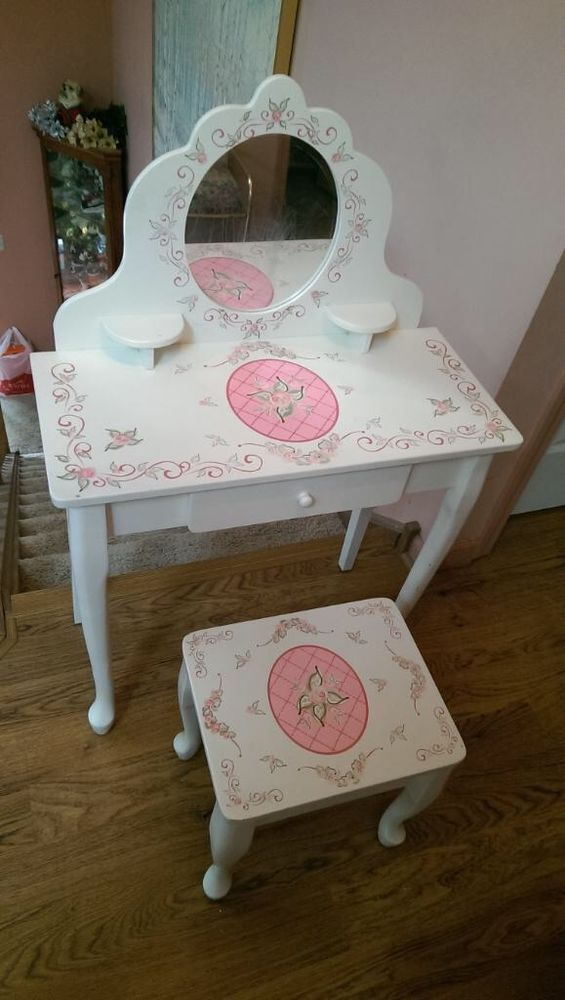 Kidkraft Princess Diva Make Up Vanity Table Stool Mirror