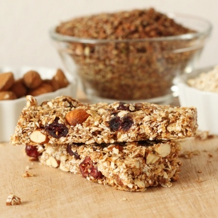 100% Whole Grain Chewy Granola Bars | Snacks to make ...