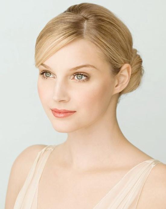 wedding-makeup-looks-light-skin.001