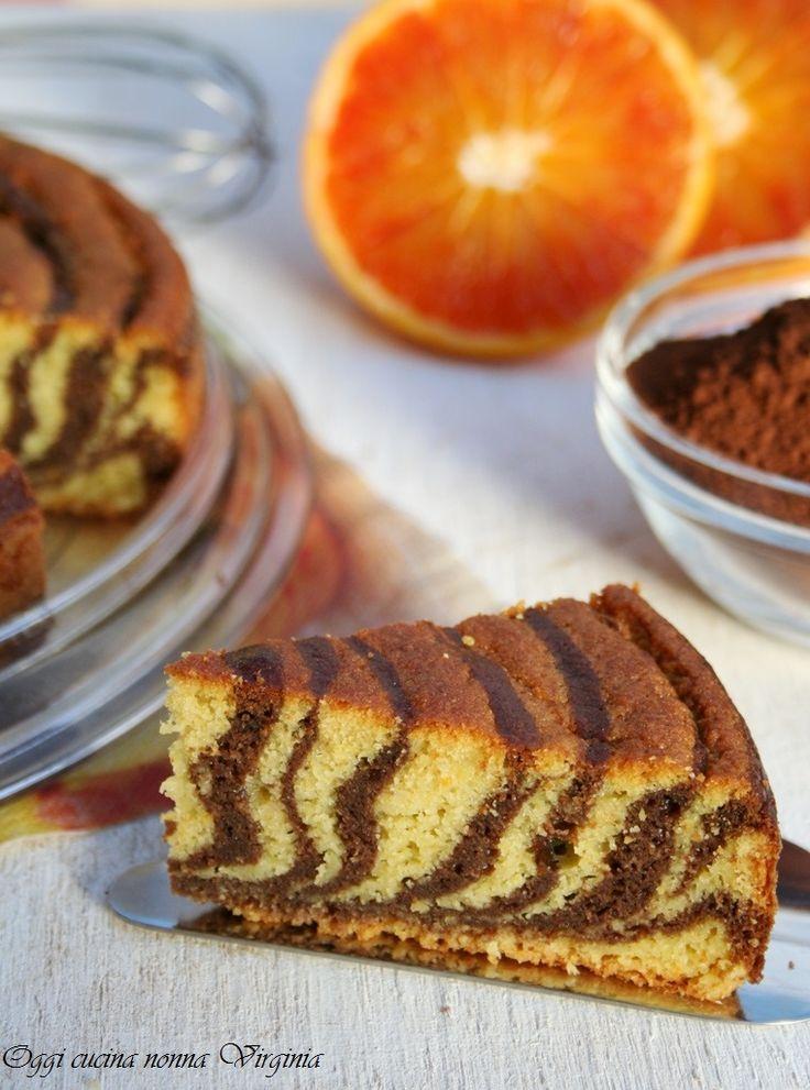 Una torta zebrata al sapore di arancia e cioccolato. http://blog.giallozafferano.it/cucinanonnavirgi/2015/03/torta-zebrata-cioccolato-e-arancia/