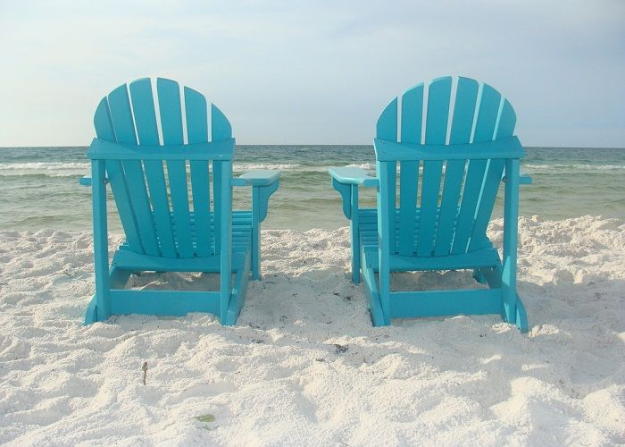 Blue DIY Polywood Adirondack Chairs ~ http://lanewstalk.com/the-rustic-adirondack-chair/