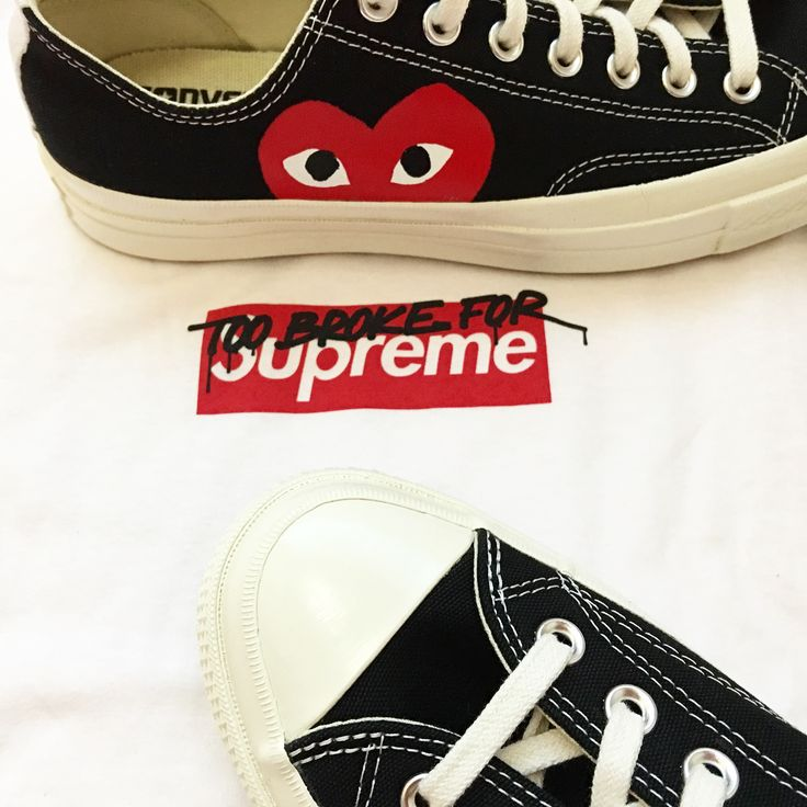 converse with heart. look #commedesgarcons#cdg#converse #muschikreuzberg#supreme #news#newshoes# converse with heart a