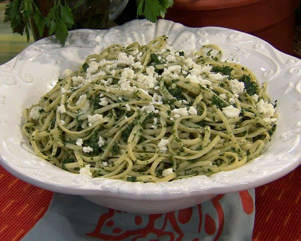 Linguine and Spinach Pesto: This spinach pesto comes together in just minutes while the pasta cooks. It's quick, easy, and delicious.