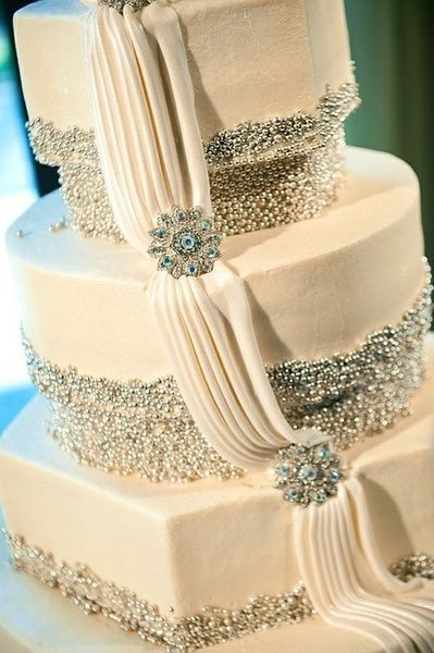 White cake with silvery details. Gorgeous!