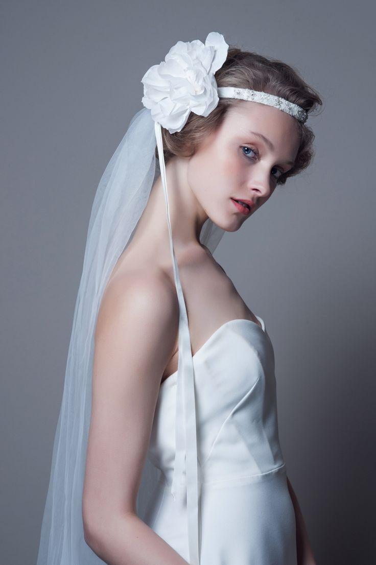DECOLOVE - Claire Crystal Veil