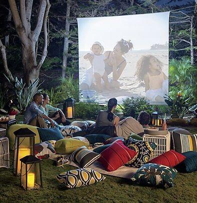 Jardin : 22 idées d'aménagement pour créer un cinéma plein air