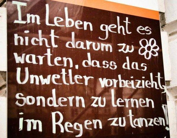 Die Weisheit des Tages: Im Regen tanzen on http://www.drlima.net