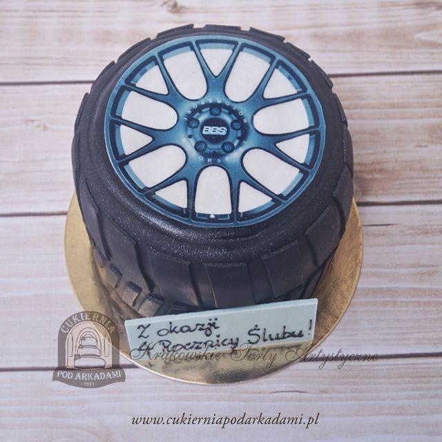 44BA. Tort w kształcie opony samochodowej. Tire shape cake.