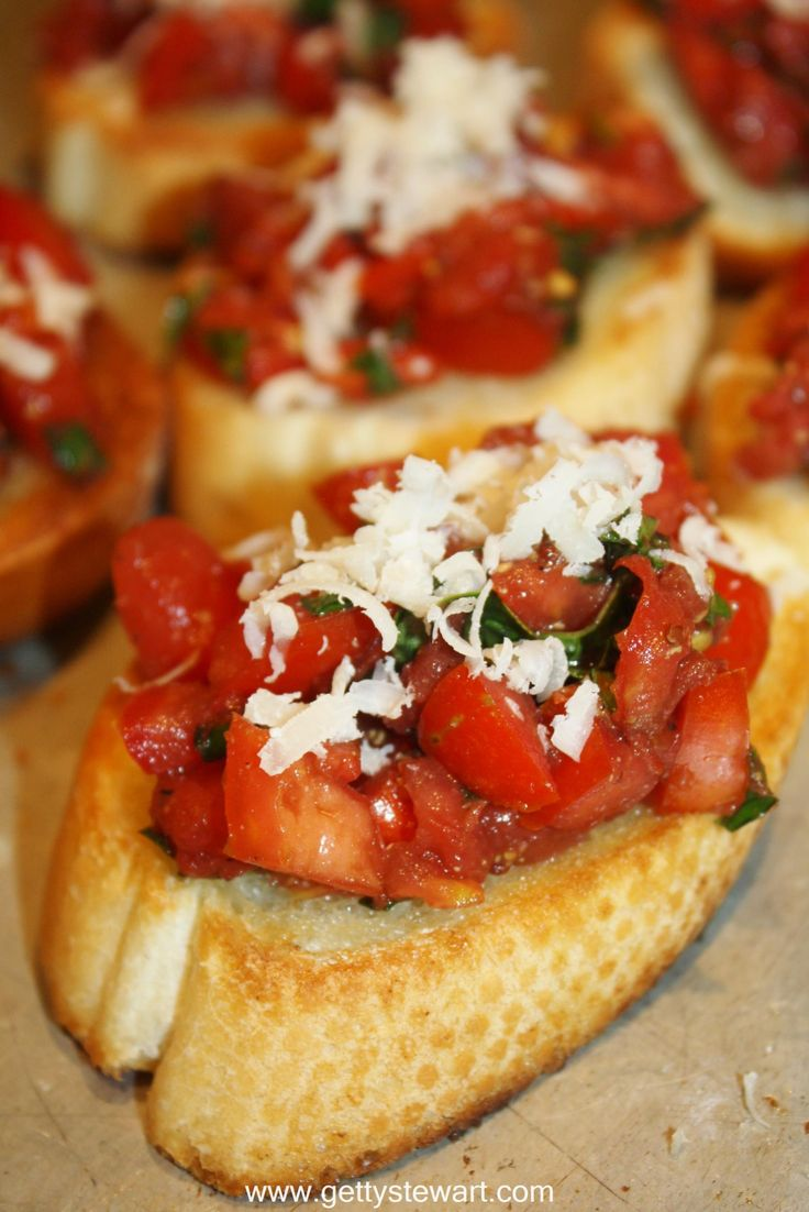 bruschetta fresh tomatoes