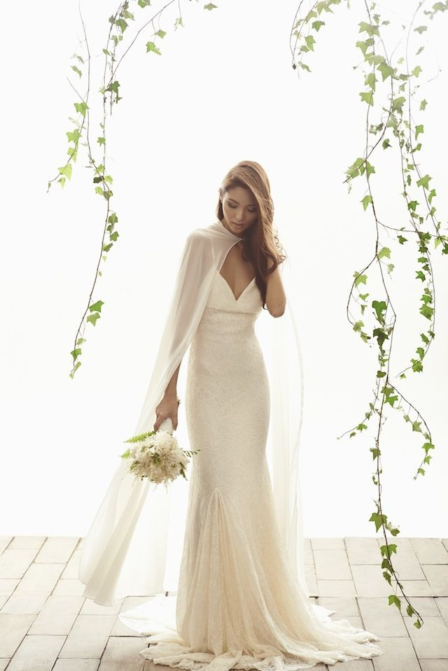 Fashion Friday: Vania Romoff Bridal | http://brideandbreakfast.ph/2014/11/21/fashion-friday-vania-romoff-bridal/